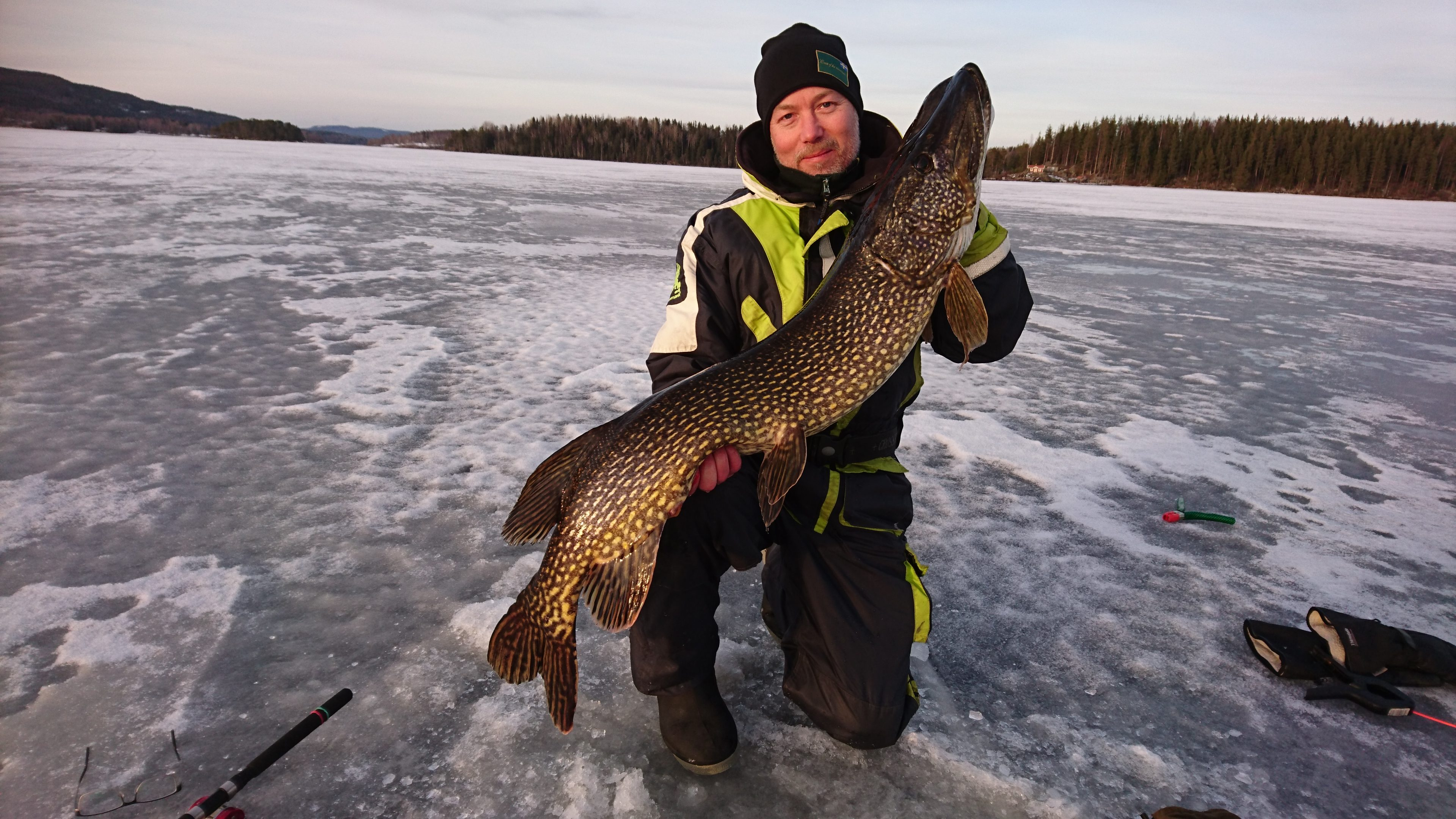 Björn with 122cm big pike from storsjön