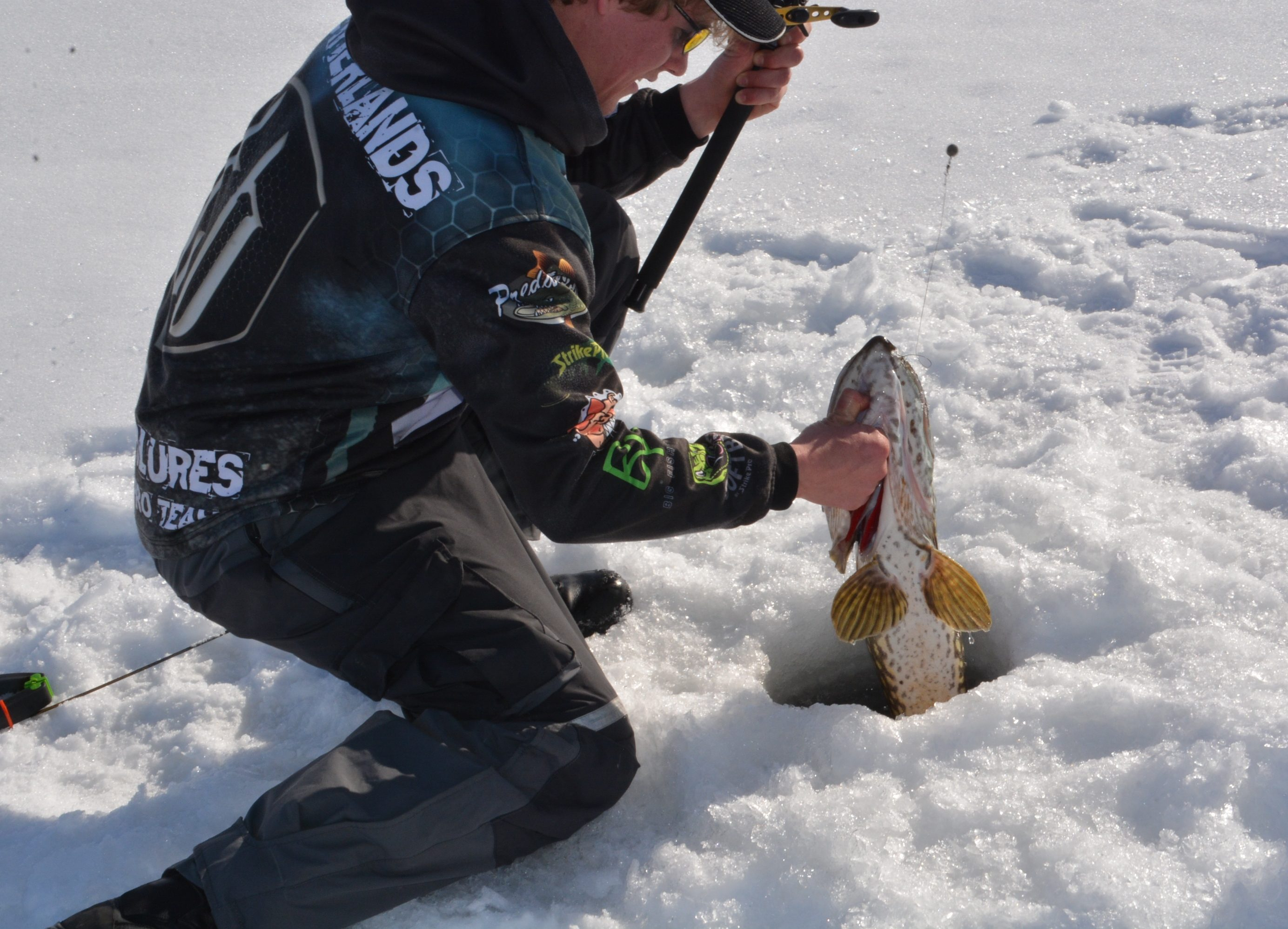 Ice fishing with Daniel from Netherlands