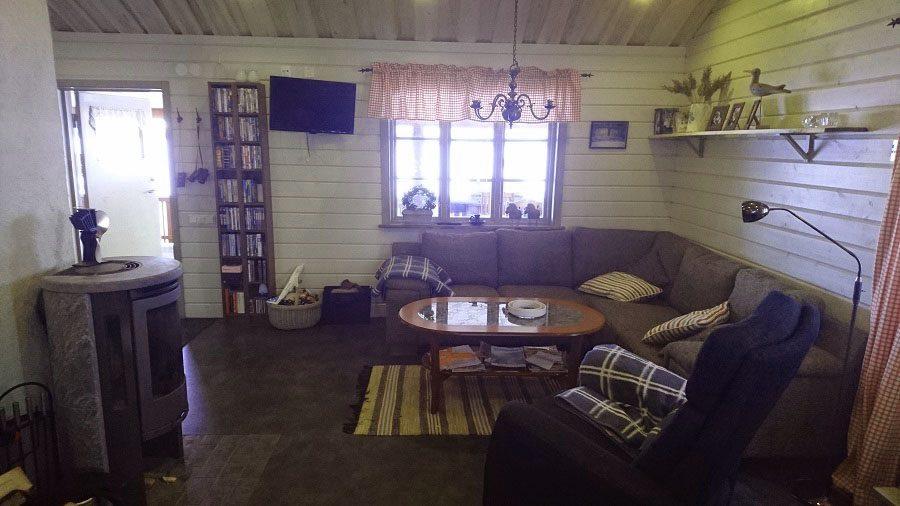 Livingroom with a fireplace