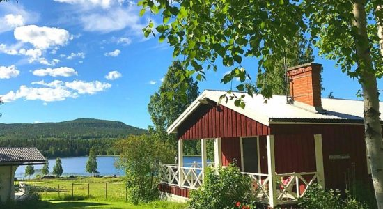 Our two beautiful and cosy cabins have nine beds
